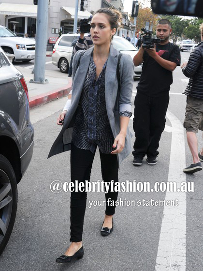 Grey long blazer2=jessica alba nov11