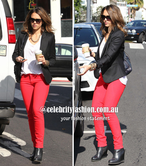 jessica alba in red pants